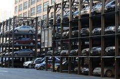 Multi sistema livellato di parcheggio a Manhattan Immagini Stock