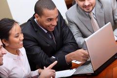Multi squadra etnica di affari Immagine Stock