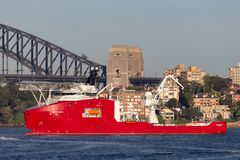 Multi Zweck der australischen Grenzkraft weg vom Uferschiff Ozean-Schild in Sydney Harbor stockbilder