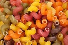 Multicolor высушите предпосылку макаронных изделий свирли Стоковое фото RF