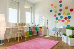 Multicolor играя комната Стоковая Фотография