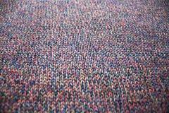 Multicolor связанная текстура ткани стоковая фотография rf