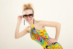 multicolor klänninglady Arkivbilder