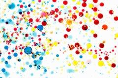 multicolor vektor för abstrakt bakgrundsillustration Bubblor av målarfärg och färgpulver på en vit, modell av droppe Royaltyfri Fotografi