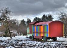 Multicolored bouwaanhangwagen Stock Afbeelding
