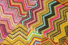 Multicolored naadloze Abstracte Achtergrond van Zig Zag stock foto's