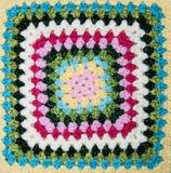 Multicolored plaidvierkant van gehaakt royalty-vrije stock foto