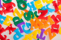 Multicolored plastic brieven Alfabet Royalty-vrije Stock Afbeeldingen