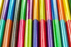 Multicolored potloden, achtergrond Royalty-vrije Stock Fotografie