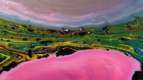 Multicolored psychedelische patronen van verf, gekleurde vloeistof vermindert stock footage