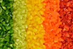 Multicolored strepen van vijf verscheidenheden paprika's Stock Foto's