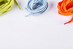 Multicolored van het schoenkant en exemplaar ruimte Stock Afbeeldingen