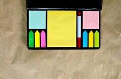 Multicolored van post-itnota's Stock Foto's