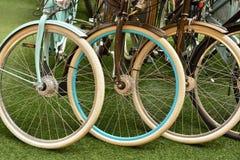 Multicolored wiel verschillende fietsen Stock Foto