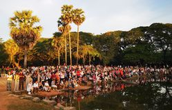 Multidão de Camboja fotografia de stock