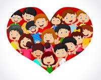Multidão de desenhos animados das crianças na formação do coração Fotografia de Stock Royalty Free
