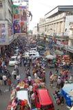 Multidão de povos perto do novo mercado, Kolkata, Índia Foto de Stock Royalty Free