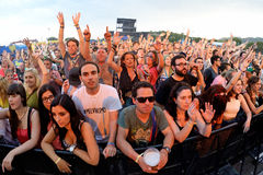 Multidão em um concerto no festival FIB imagens de stock royalty free