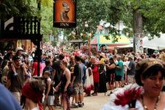 Multidão na feira Fotografia de Stock