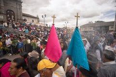Multidão nativa do kechwa na procissão da Páscoa Imagens de Stock