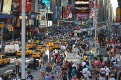 Multidão quadrada de New York Times Fotos de Stock Royalty Free
