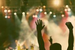 Multidão no concerto Fotos de Stock Royalty Free