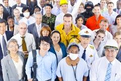 Multiethnische Gruppe von Personen in der Vielzahl-Besetzung stockfotos