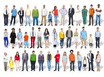 Multiethnische Gruppe von Personen und Verschiedenartigkeit in den Karrieren lizenzfreie stockbilder