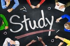 Multiethnische Gruppe von Personenen-und Studien-Konzepte Lizenzfreies Stockfoto