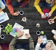 Multietnisk formgivare Brainstorming Contemporary Concept Arkivfoton