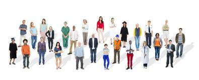 Multietnisk gemenskap för olikt stort gruppfolk royaltyfri bild
