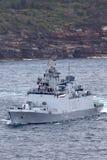 Multifunktionale Fregatte Shivalik-klasseheimlichkeit INS Sahyadri F49 der indischen Marine Abreisesydney harbor stockbilder
