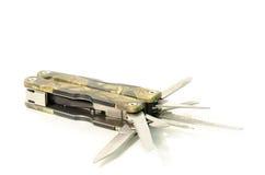 Multifunktionstaschenmesserrasiermessertarnung lokalisiert auf weißem BAC Lizenzfreie Stockfotos