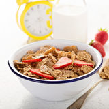 Multigrain healthy cereals with fresh berry Royalty Free Stock Photos