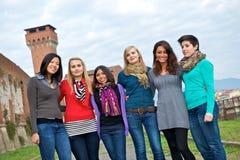 Multikulturelle Gruppe der Frau stockfotografie