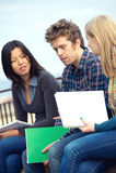 Multikulturelle Studenten stockbilder
