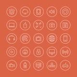 Multimedia- och teknologilägenhetlinje symboler Arkivfoton