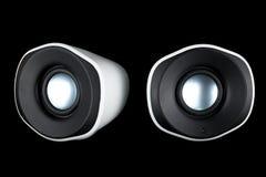 Multimediahögtalare som isoleras på svart bakgrund Fotografering för Bildbyråer