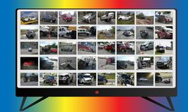 Multimedianachrichtencollage im Fernsehen 3d übertragene Abbildung getrennt auf Weiß Fotos und Illustration lizenzfreie abbildung