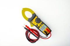 Multimeter voor het controleren van defecte elektrisch stock foto's