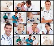 Multipanel de doctores con los bebés Imagen de archivo libre de regalías