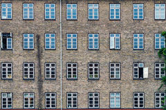 Multiple window pattern on a residential building Stock Photography