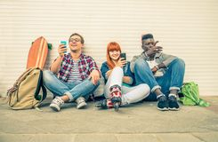 Multiracial группа outdoors Стоковые Фото