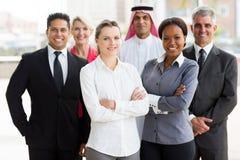 Multiracial команда дела в офисе стоковые изображения rf