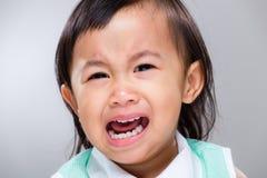 Multiracial dziewczynka płacz Fotografia Royalty Free
