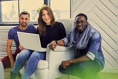 Multiracial ucznie w pokoju zdjęcie stock