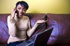 Multitasking meisje Stock Fotografie