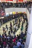 Multitud de destello en una alameda de compras Foto de archivo