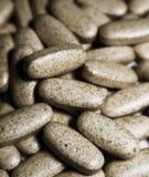 Multivitamins en Multiminerals-gezonde tabletten stock afbeeldingen