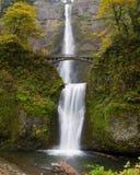 Multnomah cade alla gola Oregon del fiume di Colombia Fotografie Stock